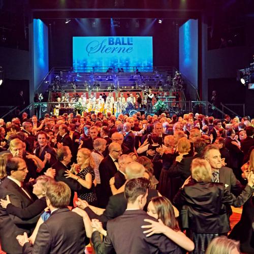 Tanzen im großen Saal © Gert Krautbauer