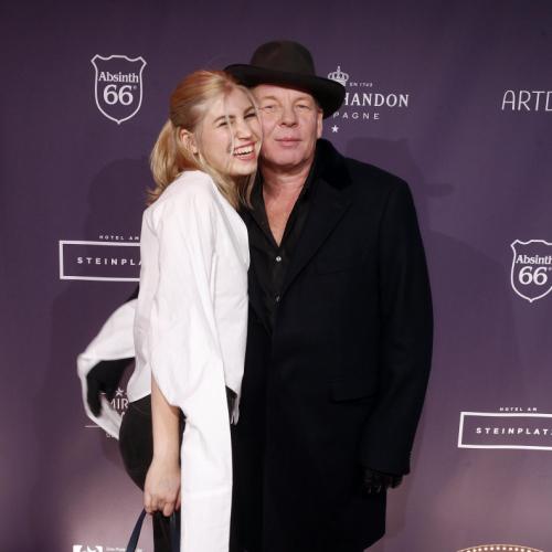 Schauspieler Ben Becker mit Tochter Lilith bei der Premiere in Berlin
