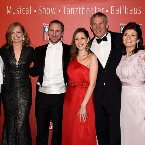 Levy Sekgapane, Carmen Bayer, Michael Balke, Marzia Marzo, Werner Steer und Marion Gehlert (von links).