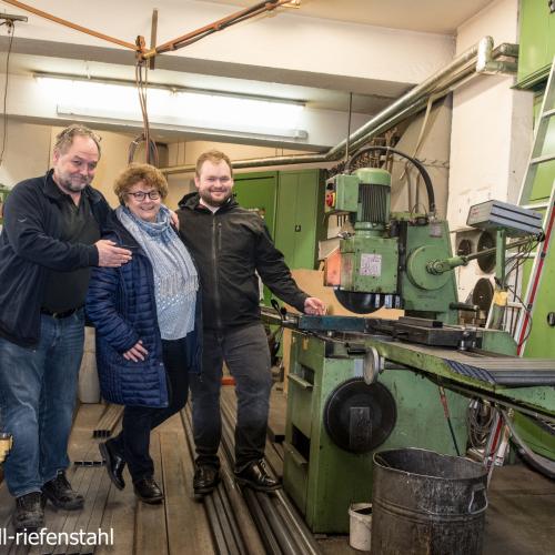 Inhaber Michael Dopfer mit Frau und Sohn