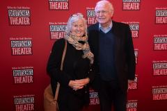 Moderator Gerhard Schmitt-Thiel mit Ehefrau Gilla
