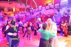 Die Tanzfläche im großen Saal
