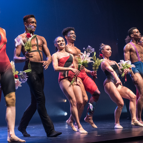 Tosender Beifall für die Tänzer von Complextions Contemporary Ballet