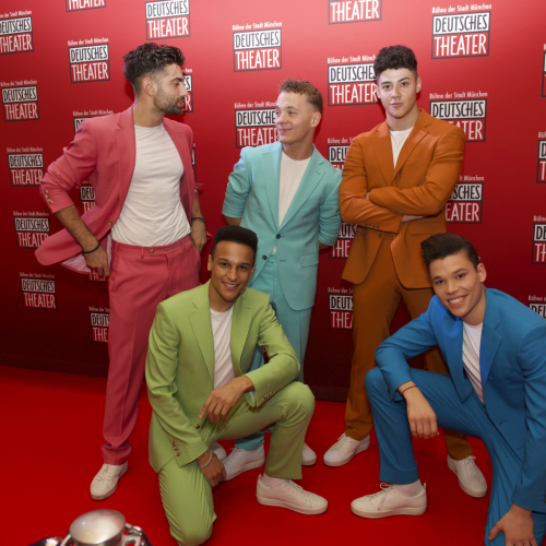 Die Boys auf dem roten Teppich